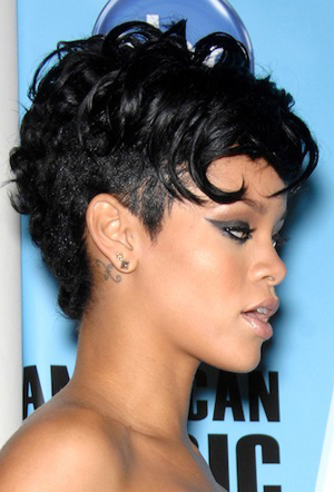 Rihanna during the 2008 AMERICAN MUSIC AWARDS, held at the Nokia Center, on November 23, 2008, in Los Angeles. Photo: Michael Germana / SSI Photo
