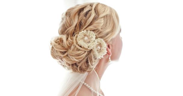 Прически для средних волос из плетений