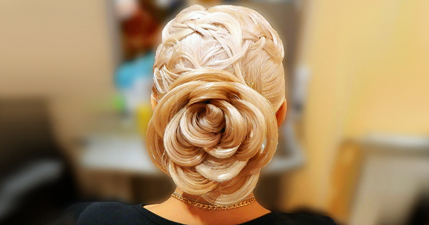 Плетение розы из волос в