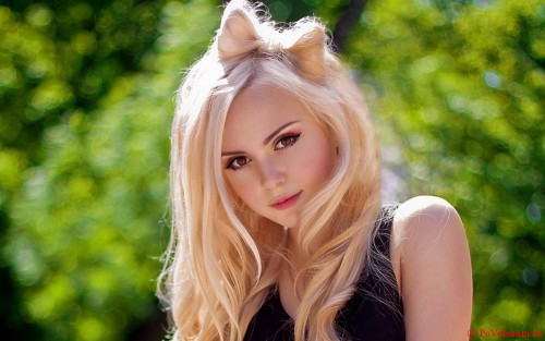 блондинка и характер