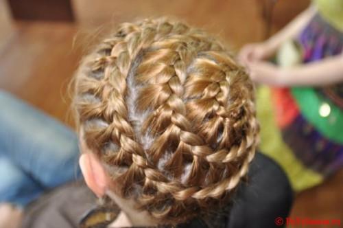 змейка девочке на короткие волосы