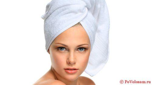 как быстро высушить волосы без фена полотенцем