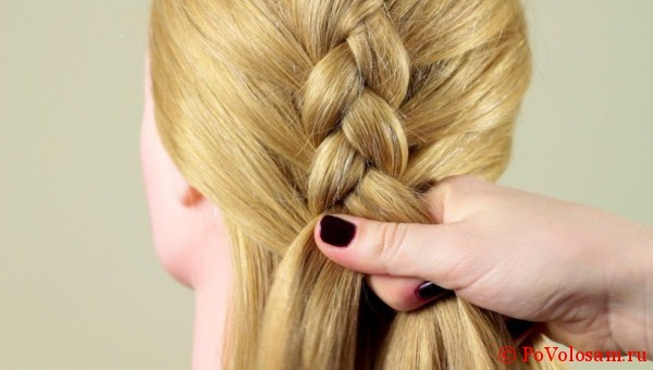 Плетение косы наизнанку