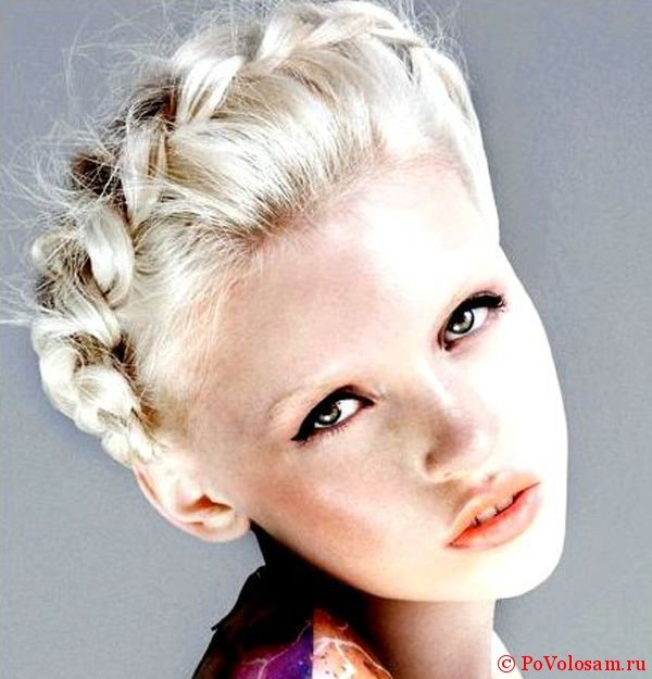 Красивая коса вокруг головы