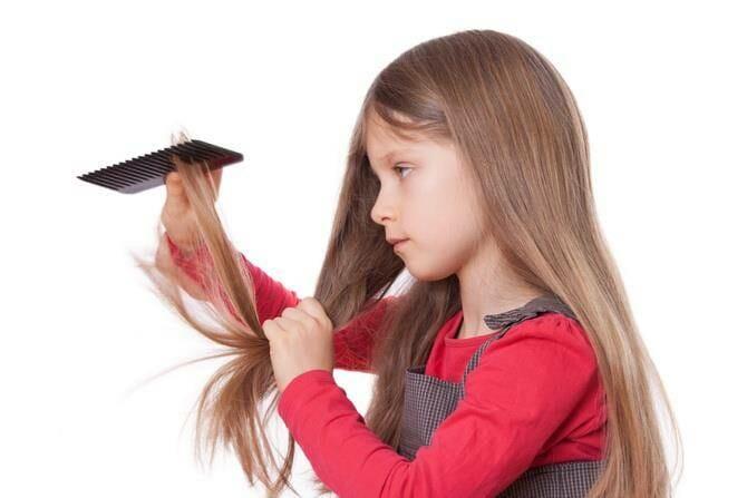 у детей запутываются волосы